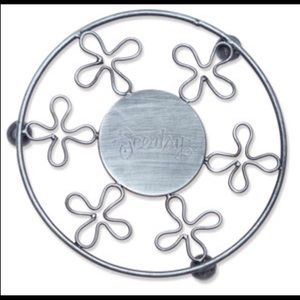 Scentsy metal daisy stand furniture protector